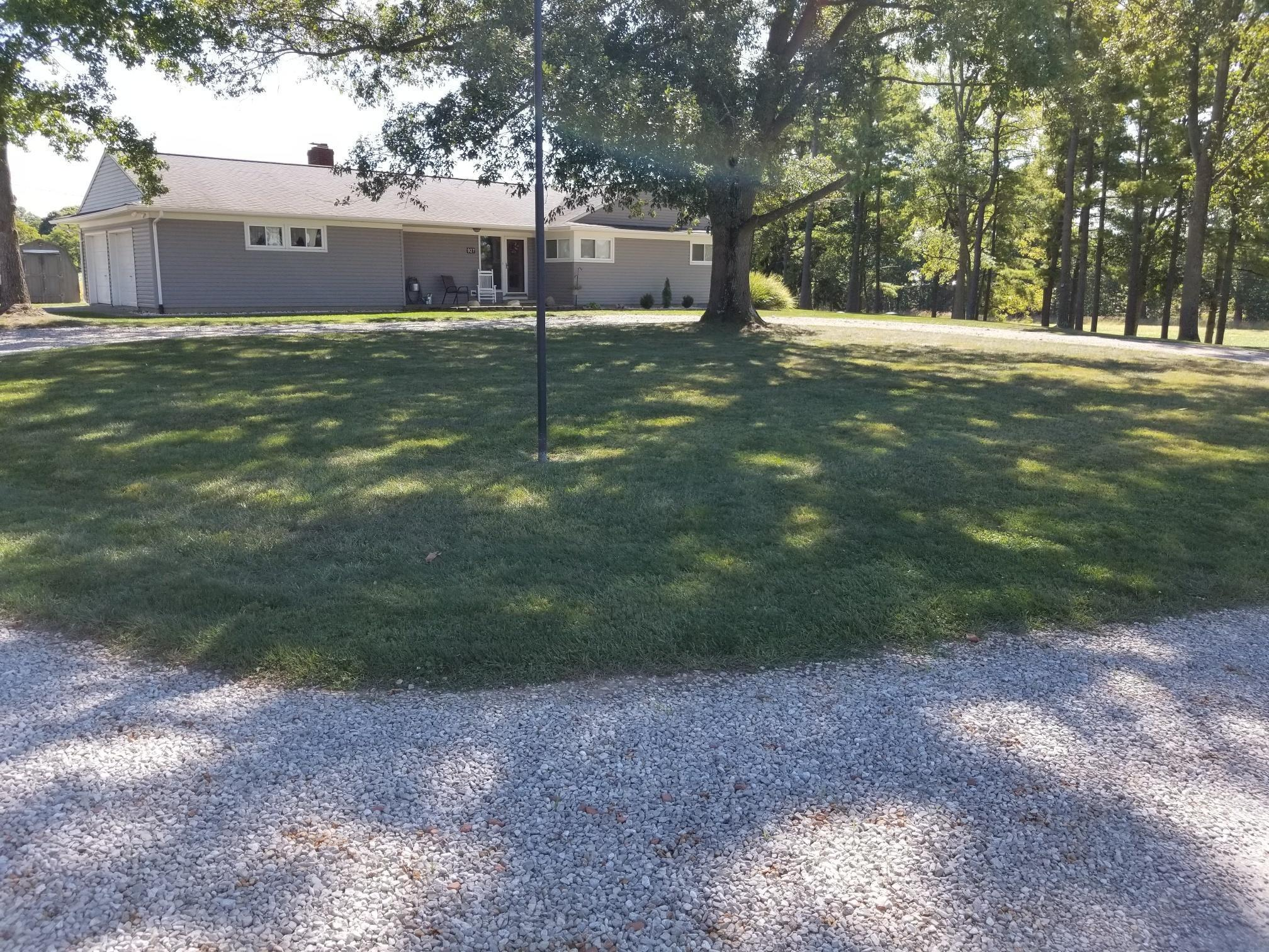 Property for sale at 927 Stoutsville Pike, Circleville,  Ohio 43113