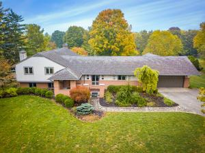 Undefined image of 4375 Sawmill Road, Columbus, OH 43220