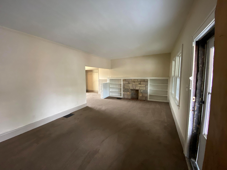 2737 sullivant Avenue, Columbus, Ohio 43204, 3 Bedrooms Bedrooms, ,1 BathroomBathrooms,Residential,For Sale,sullivant,219041268