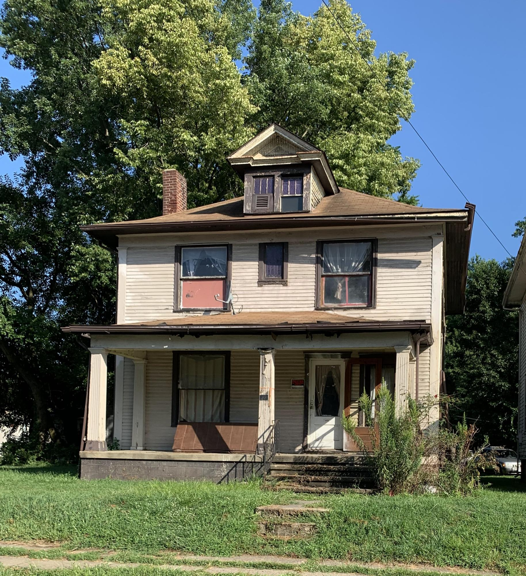 1231 Ridge Avenue, Zanesville, Ohio 43701, 4 Bedrooms Bedrooms, ,2 BathroomsBathrooms,Residential,For Sale,Ridge,220036660