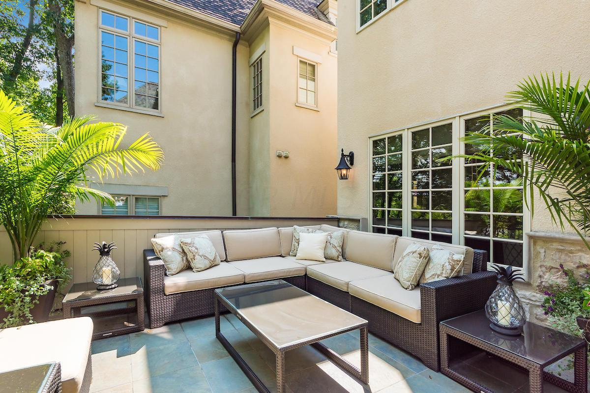Ample outdoor space for entertaining