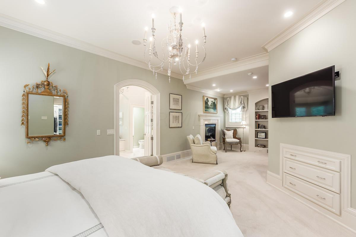Owner's bedroom suite