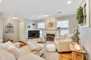 Undefined image of 2499 Crystal Springs Drive, Hilliard, OH 43026