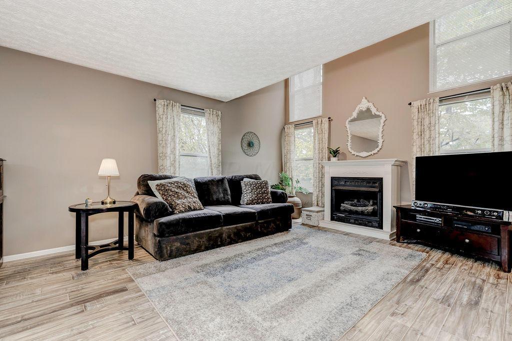 3224 Ebonywood Court, Dublin, Ohio 43017, 3 Bedrooms Bedrooms, ,3 BathroomsBathrooms,Residential,For Sale,Ebonywood,220037588
