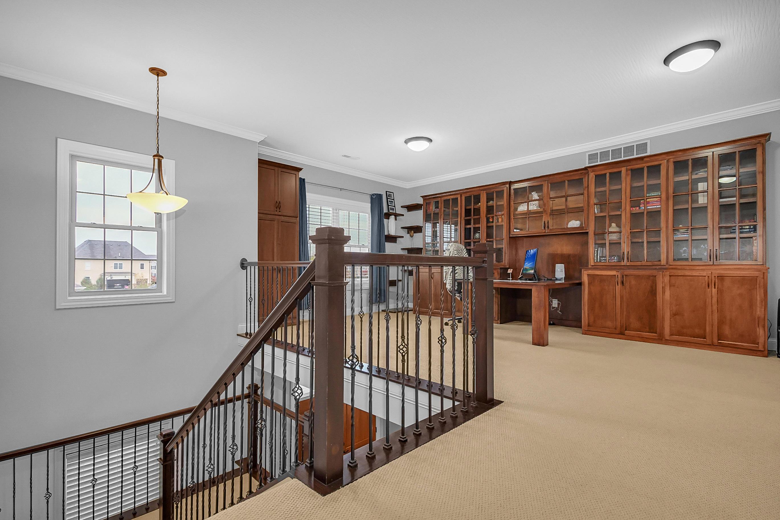 6869 Enfield, Dublin, Ohio 43017, 5 Bedrooms Bedrooms, ,5 BathroomsBathrooms,Residential,For Sale,Enfield,220038176