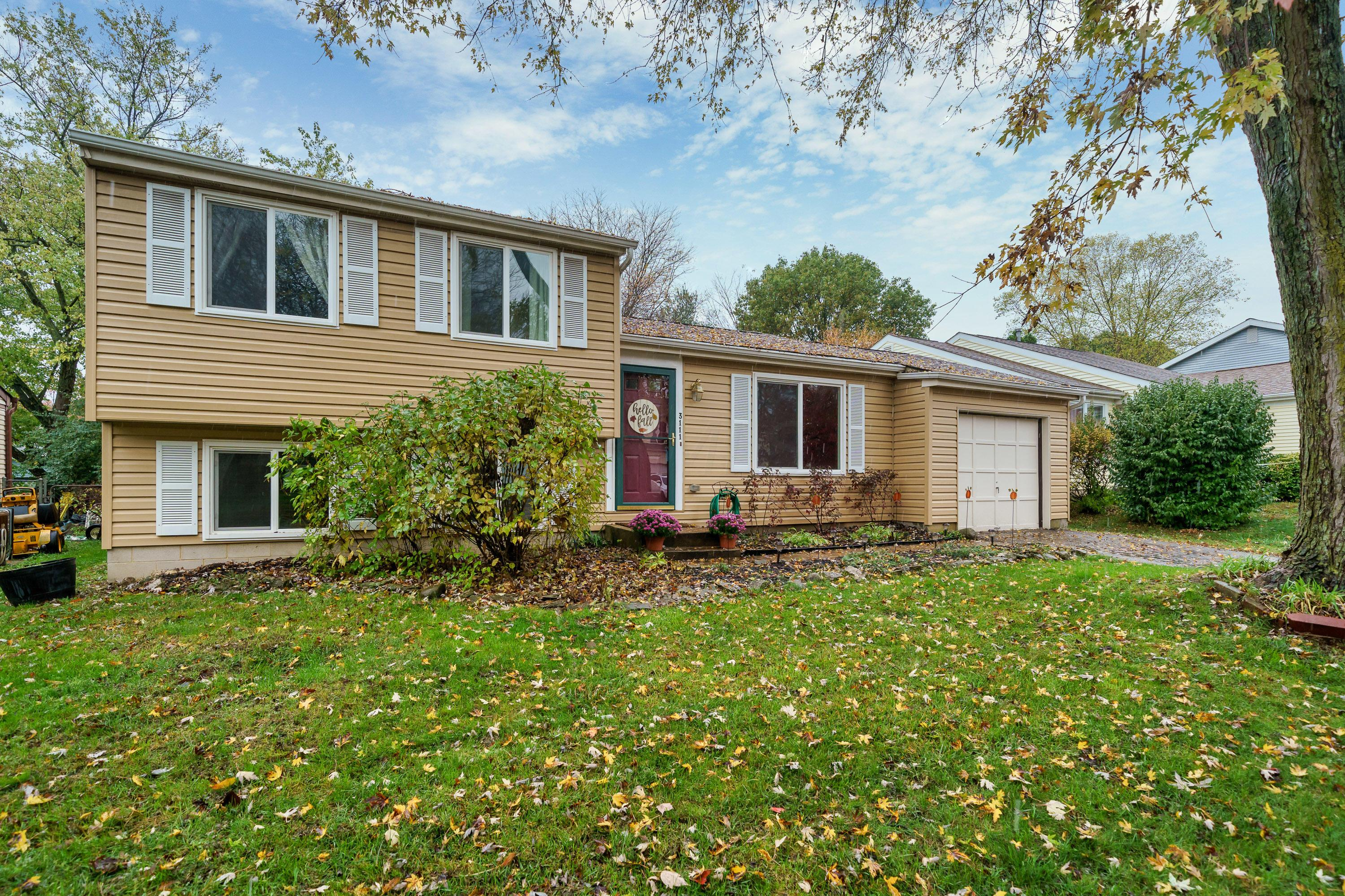 3111 Strathaven Court, Dublin, Ohio 43017, 3 Bedrooms Bedrooms, ,2 BathroomsBathrooms,Residential,For Sale,Strathaven,220038479