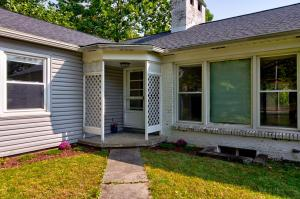 Undefined image of 575 Woodland Road, Mansfield, OH 44906