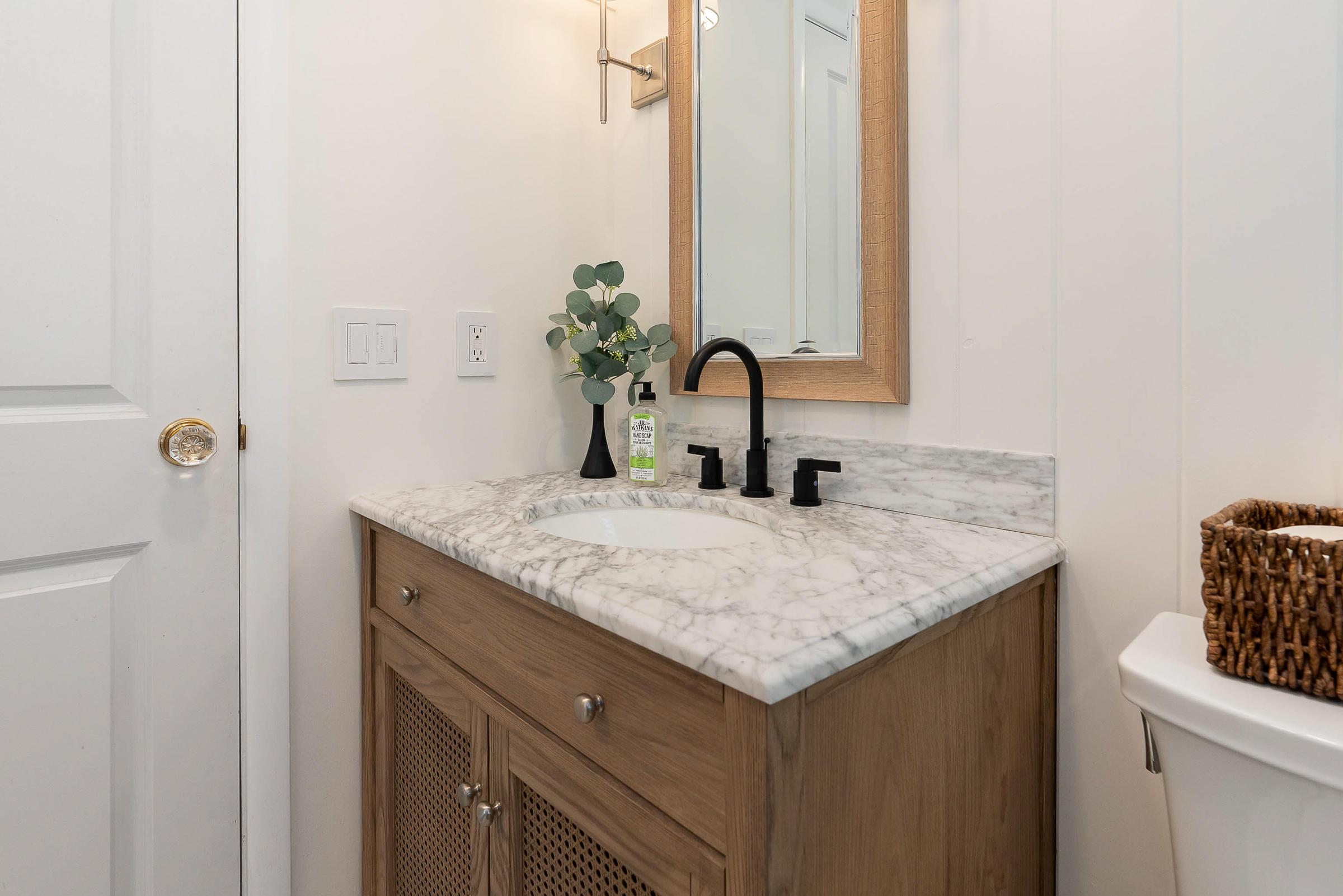 1782 Wyandotte Road, Upper Arlington, Ohio 43212, 4 Bedrooms Bedrooms, ,3 BathroomsBathrooms,Residential,For Sale,Wyandotte,220038840