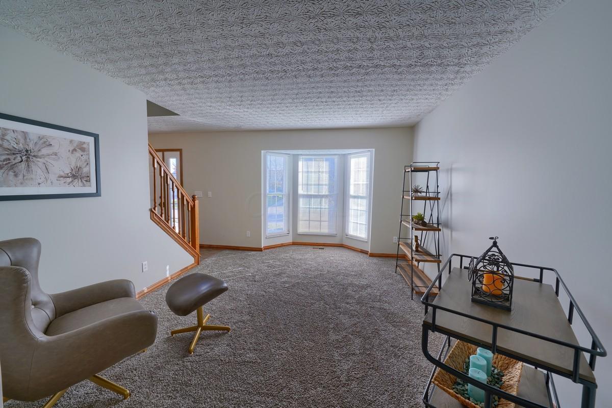 8775 Edgerton Drive, Powell, Ohio 43065, 4 Bedrooms Bedrooms, ,4 BathroomsBathrooms,Residential,For Sale,Edgerton,220039138