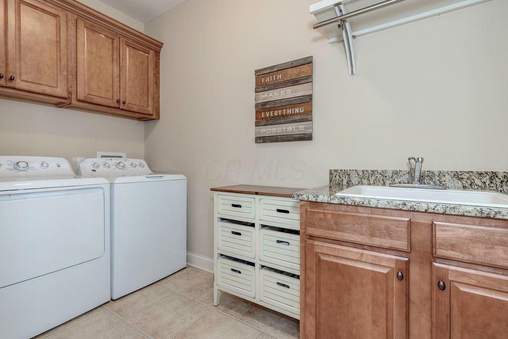 9808 Allen Drive, Dublin, Ohio 43017, 6 Bedrooms Bedrooms, ,5 BathroomsBathrooms,Residential,For Sale,Allen,220039115