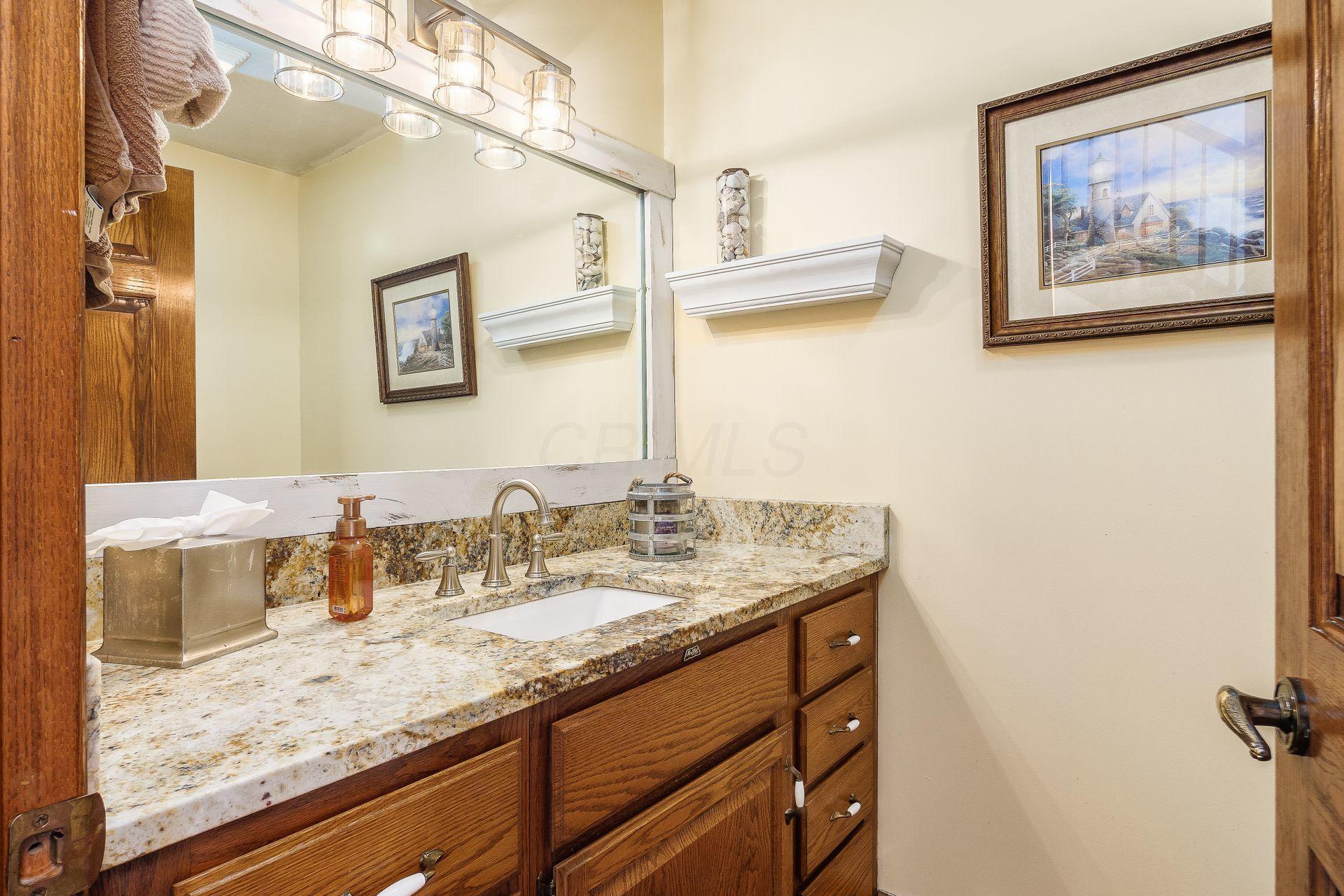 7976 Morris Road, Hilliard, Ohio 43026, 4 Bedrooms Bedrooms, ,3 BathroomsBathrooms,Residential,For Sale,Morris,220040357