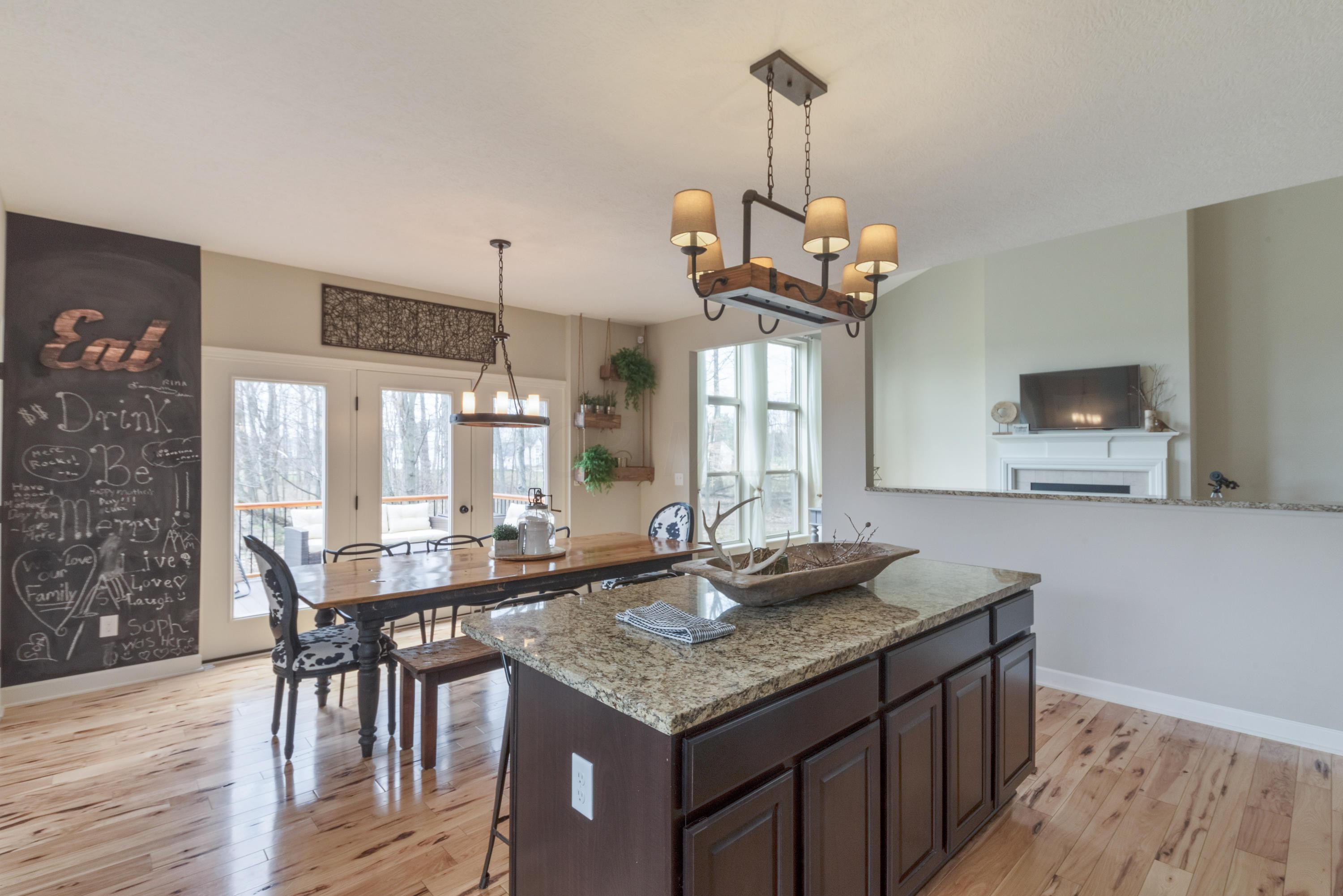 1694 Somerford Drive, Galena, Ohio 43021, 4 Bedrooms Bedrooms, ,3 BathroomsBathrooms,Residential,For Sale,Somerford,220040042