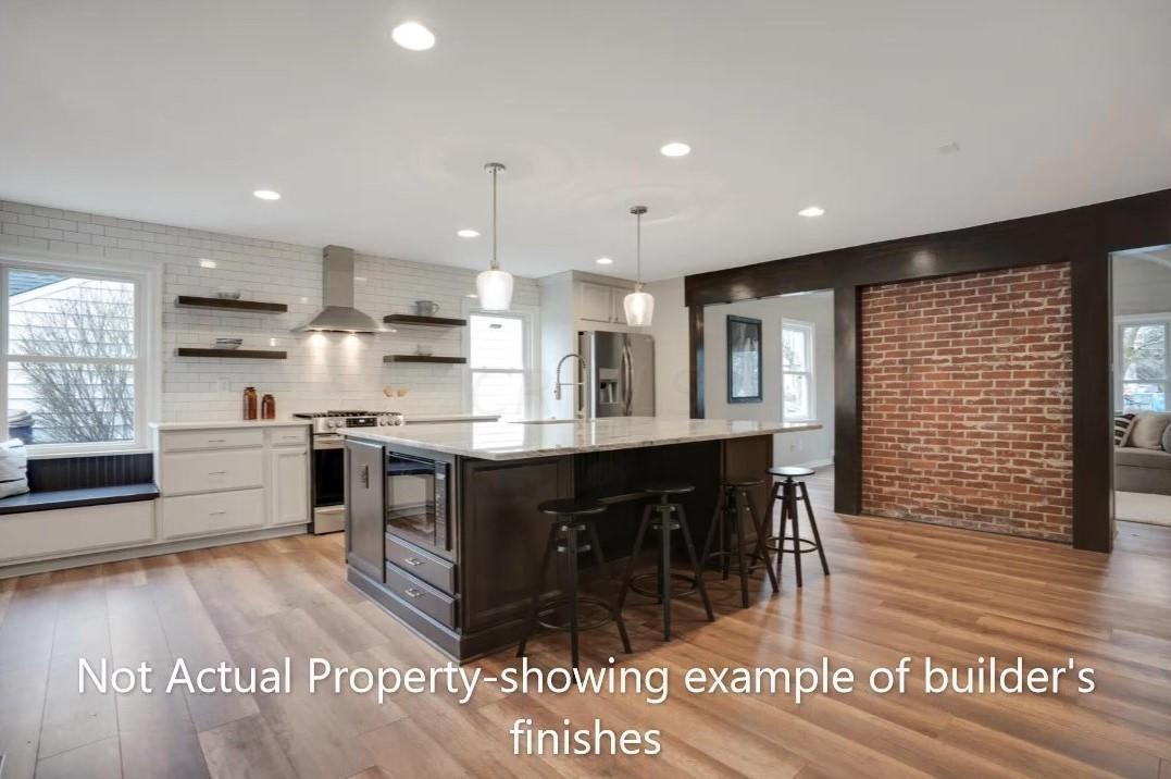 Kitchen 1 - cropped