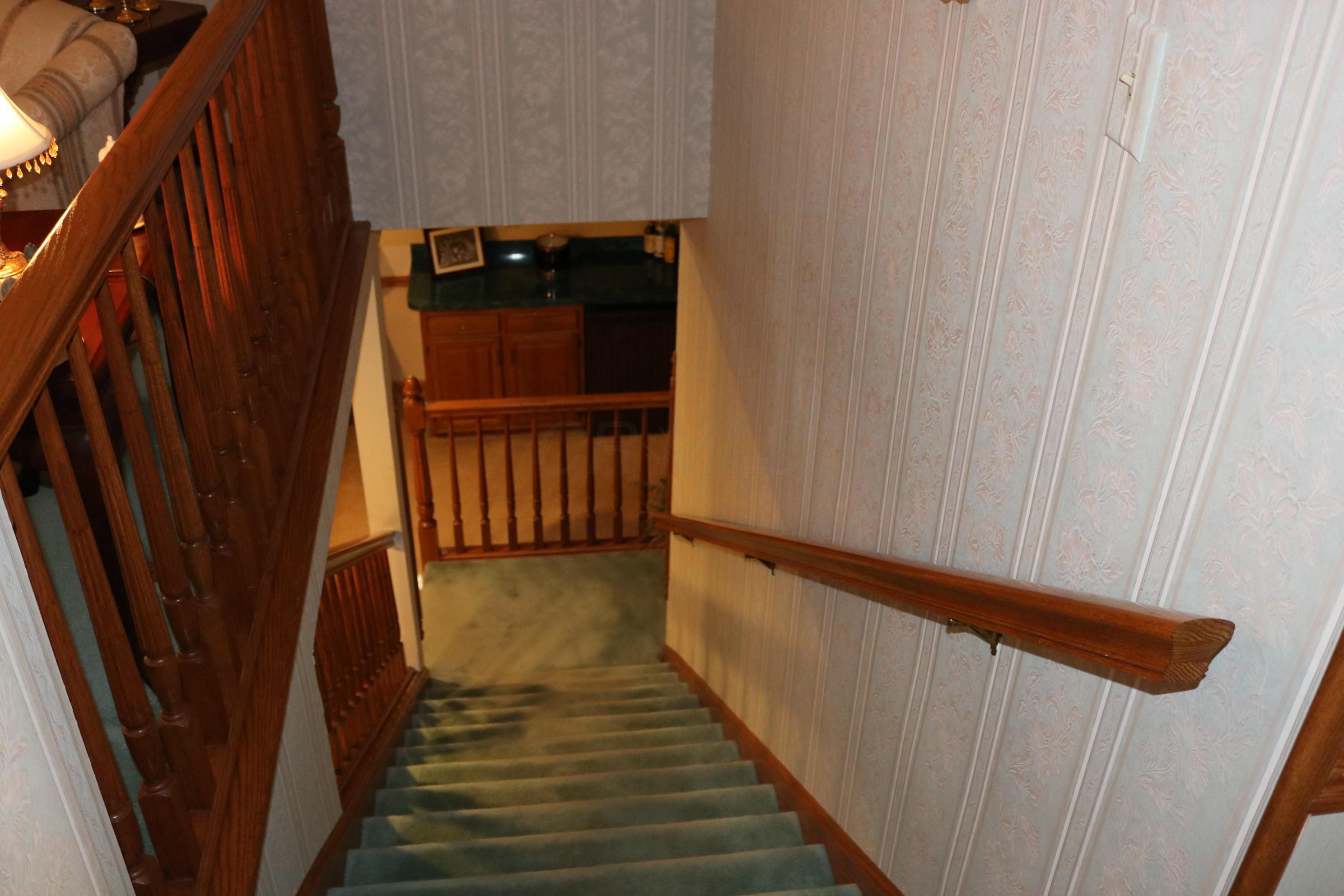 5714 Barry Trace, Dublin, Ohio 43017, 2 Bedrooms Bedrooms, ,3 BathroomsBathrooms,Residential,For Sale,Barry Trace,220039892