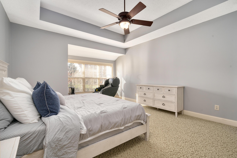 8099 Summerhouse Drive, Dublin, Ohio 43016, 5 Bedrooms Bedrooms, ,4 BathroomsBathrooms,Residential,For Sale,Summerhouse,220039811