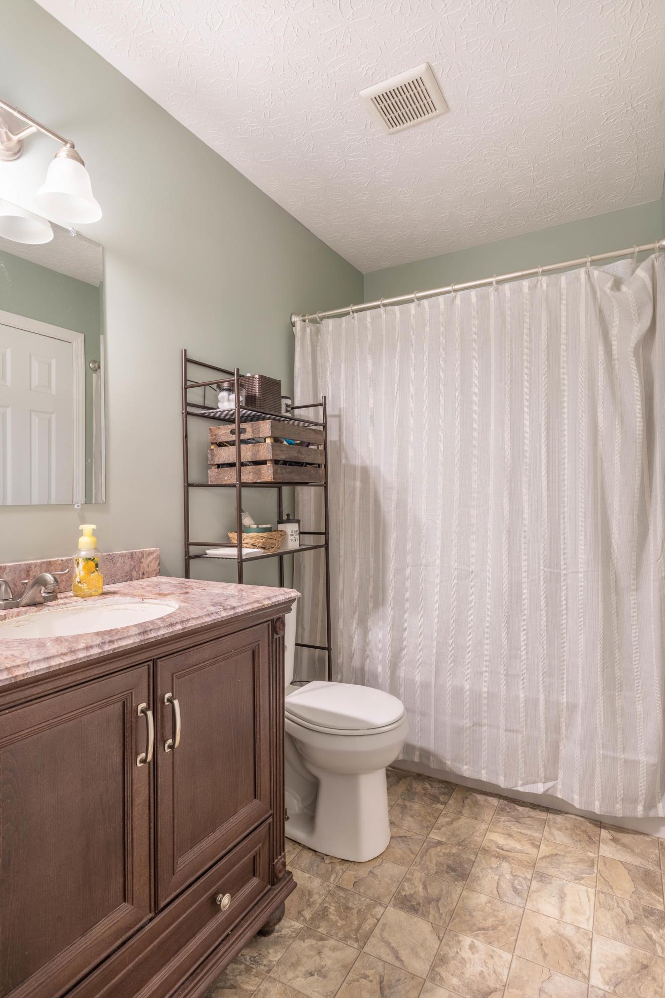 3141 Eppleworth Drive, Dublin, Ohio 43017, 3 Bedrooms Bedrooms, ,1 BathroomBathrooms,Residential,For Sale,Eppleworth,220039954