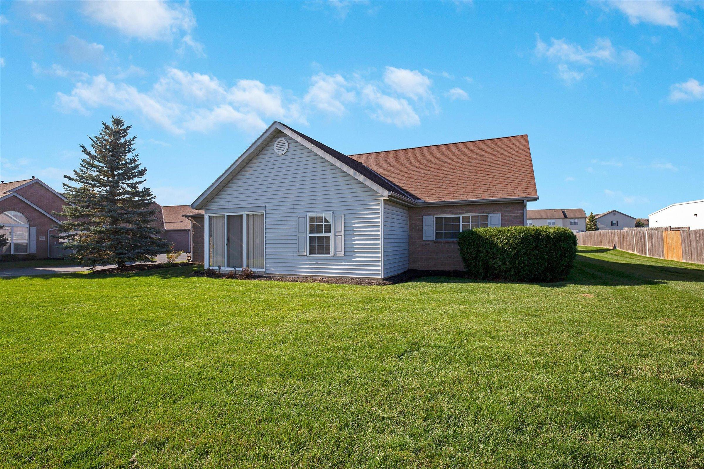 2499 Meadow Glade Drive, Hilliard, Ohio 43026, 3 Bedrooms Bedrooms, ,2 BathroomsBathrooms,Residential,For Sale,Meadow Glade,220040512