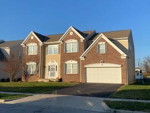 4390 Orangeberry Drive, Grove City, OH 43123