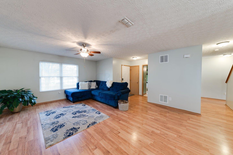 4765 Hoseah Street, Columbus, Ohio 43228, 3 Bedrooms Bedrooms, ,3 BathroomsBathrooms,Residential,For Sale,Hoseah,220040287