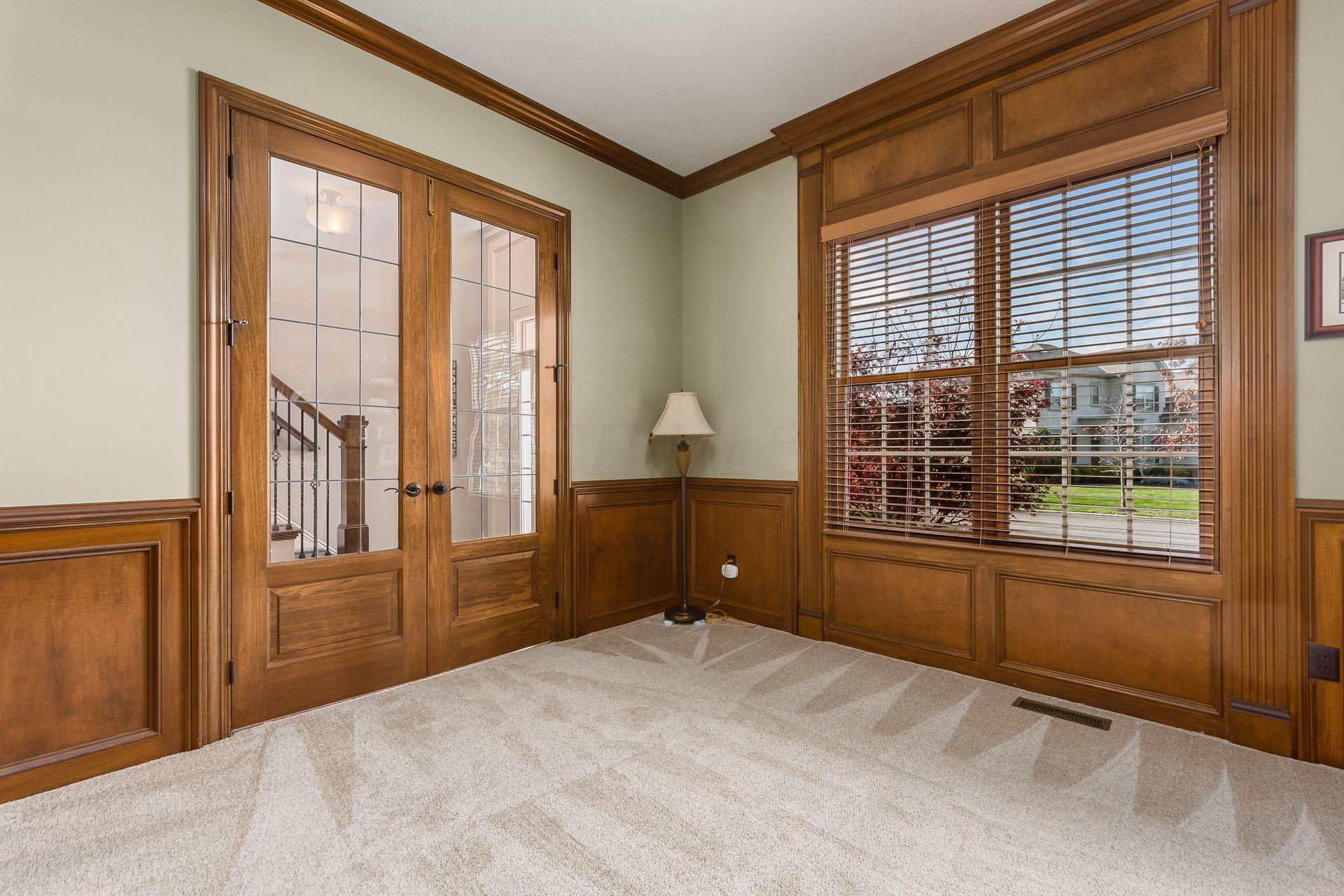 8975 Shaffer Drive, Powell, Ohio 43065, 5 Bedrooms Bedrooms, ,5 BathroomsBathrooms,Residential,For Sale,Shaffer,220040112