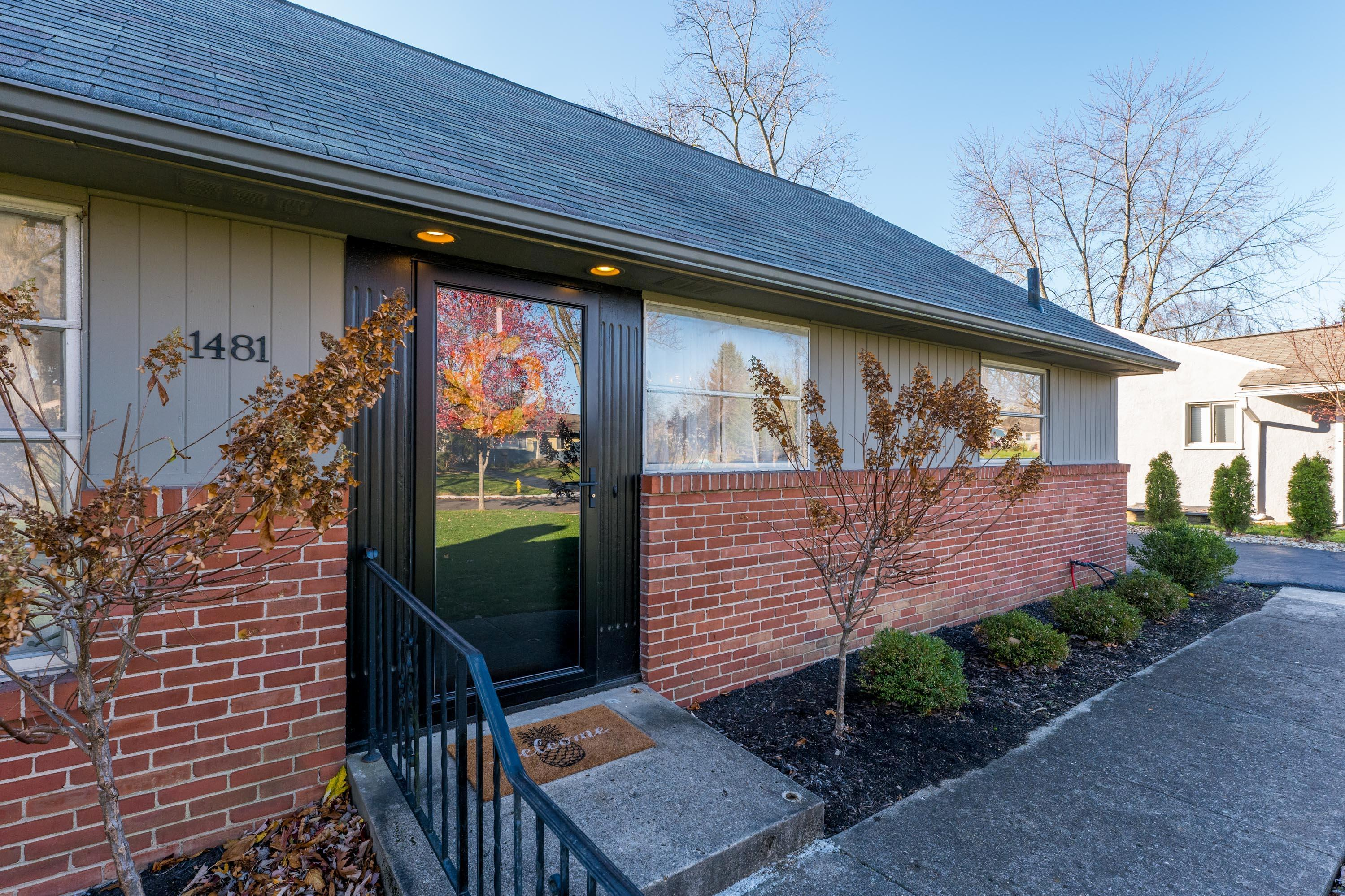 1481 Osborn Drive, Upper Arlington, Ohio 43221, 3 Bedrooms Bedrooms, ,2 BathroomsBathrooms,Residential,For Sale,Osborn,220040635