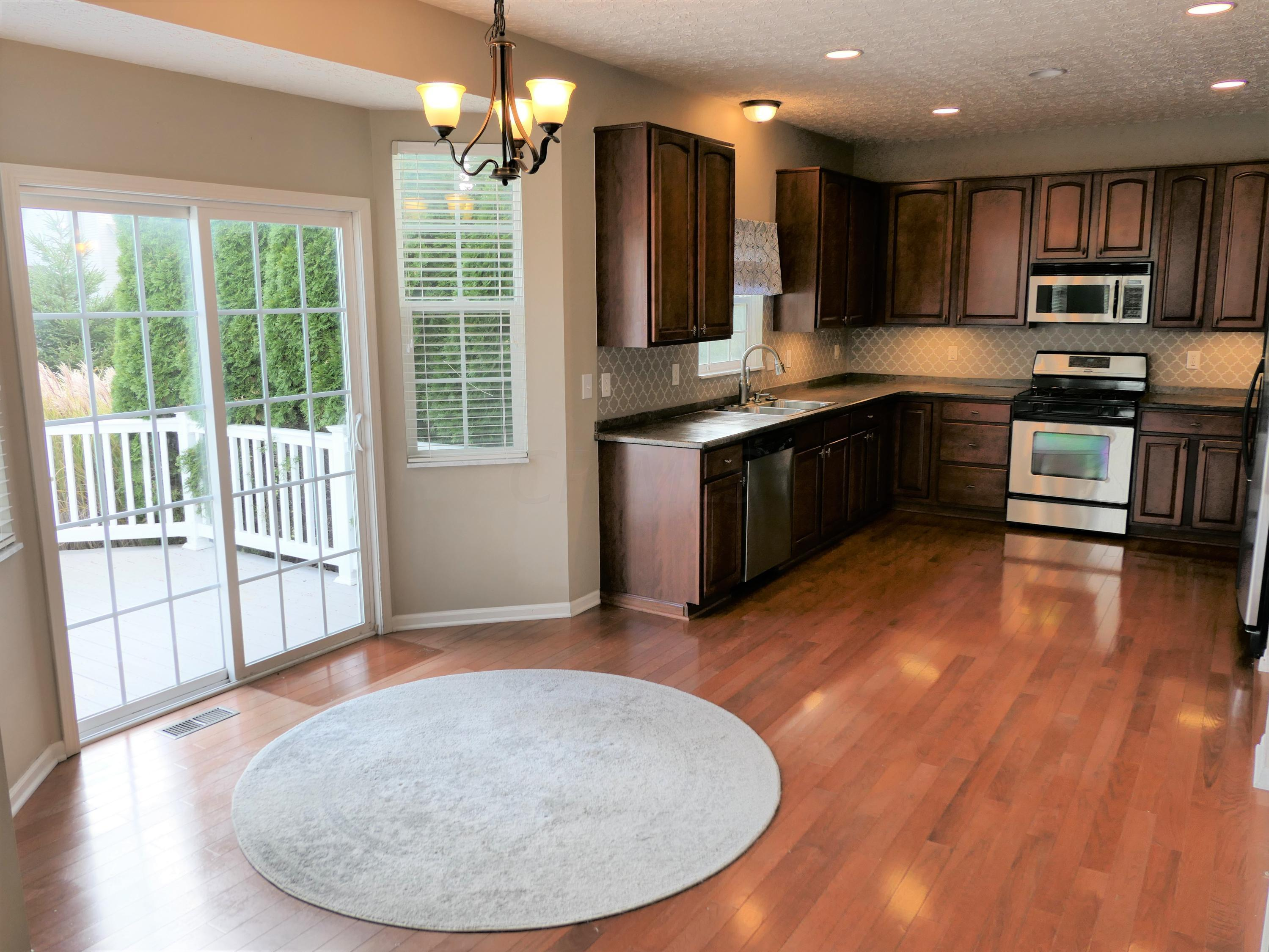 7461 Tall Pine Drive, Lewis Center, Ohio 43035, 4 Bedrooms Bedrooms, ,3 BathroomsBathrooms,Residential,For Sale,Tall Pine,220040569
