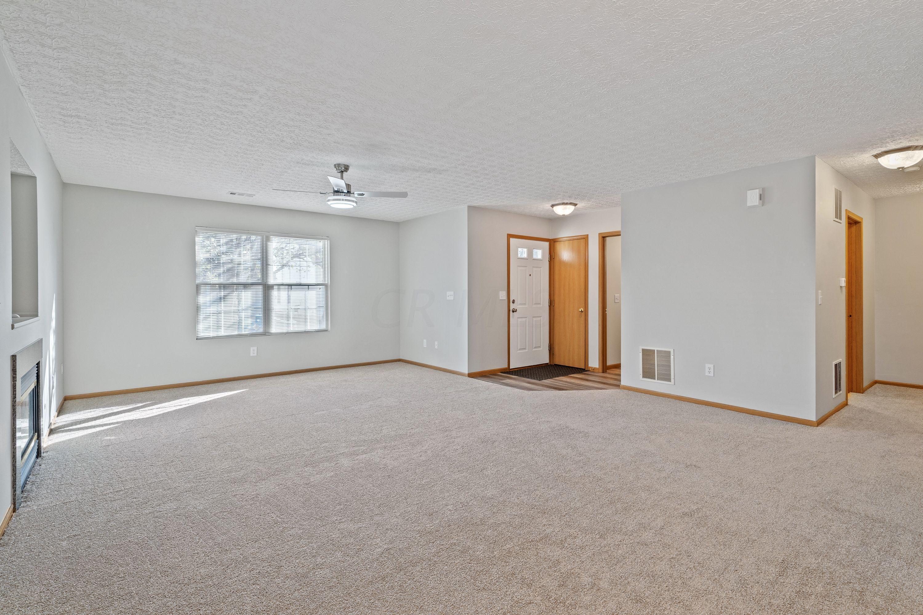 8291 Tegmen Street, Columbus, Ohio 43240, 3 Bedrooms Bedrooms, ,3 BathroomsBathrooms,Residential,For Sale,Tegmen,220040574