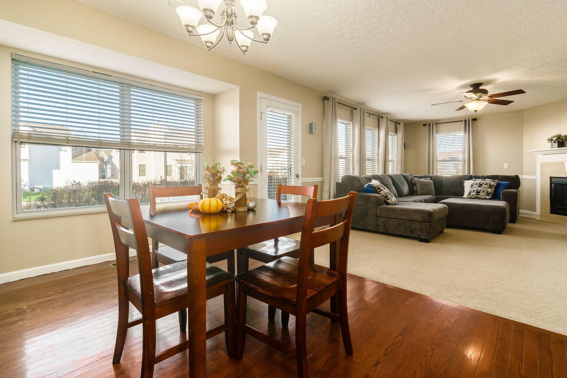 812 Twin Acorn Court, Blacklick, Ohio 43004, 4 Bedrooms Bedrooms, ,3 BathroomsBathrooms,Residential,For Sale,Twin Acorn,220040874
