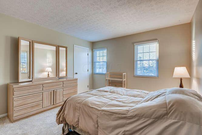 7786 Amberfalls Court, Dublin, Ohio 43016, 2 Bedrooms Bedrooms, ,2 BathroomsBathrooms,Residential,For Sale,Amberfalls,220040868