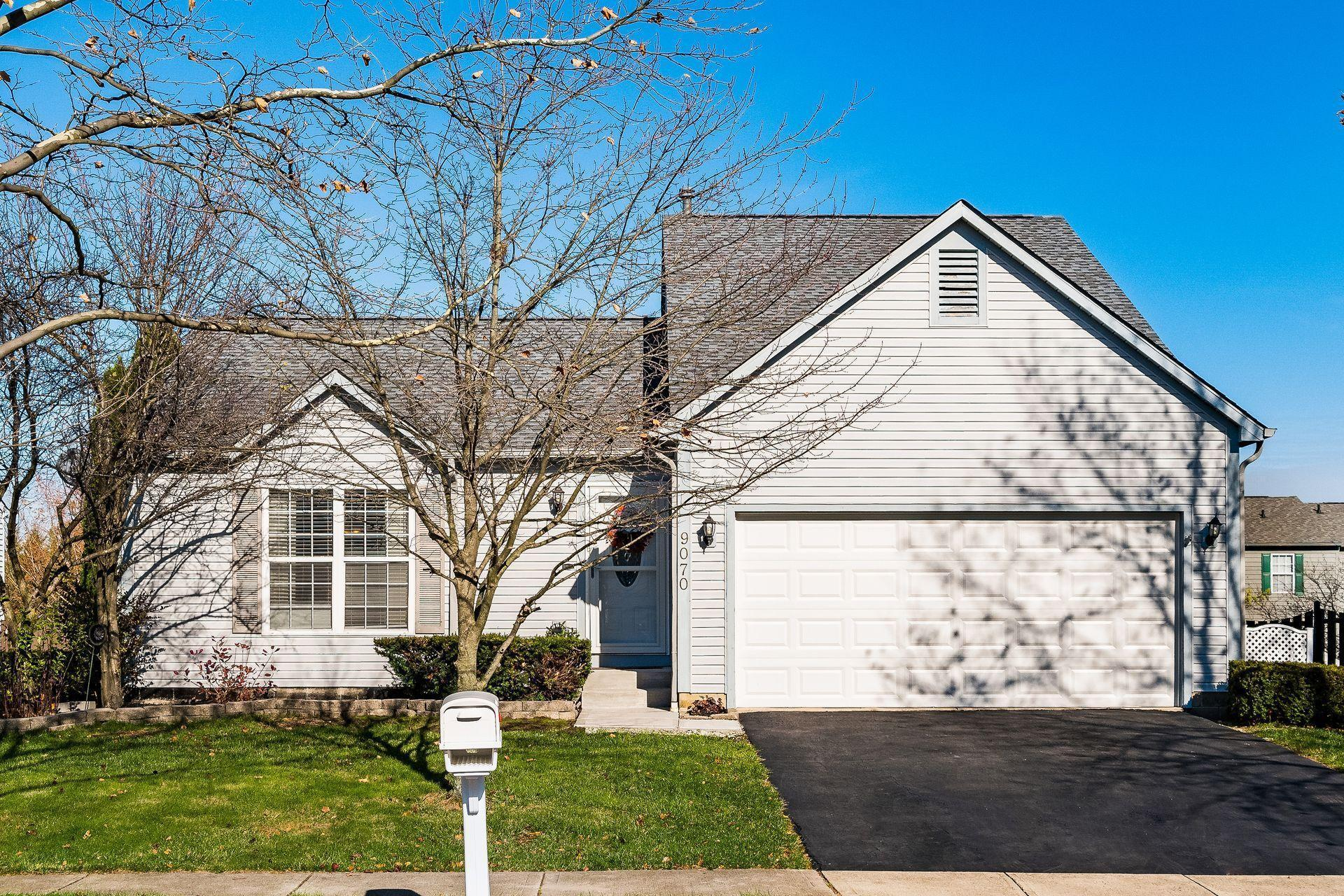 9070 Longstone Drive, Lewis Center, Ohio 43035, 3 Bedrooms Bedrooms, ,2 BathroomsBathrooms,Residential,For Sale,Longstone,220040883