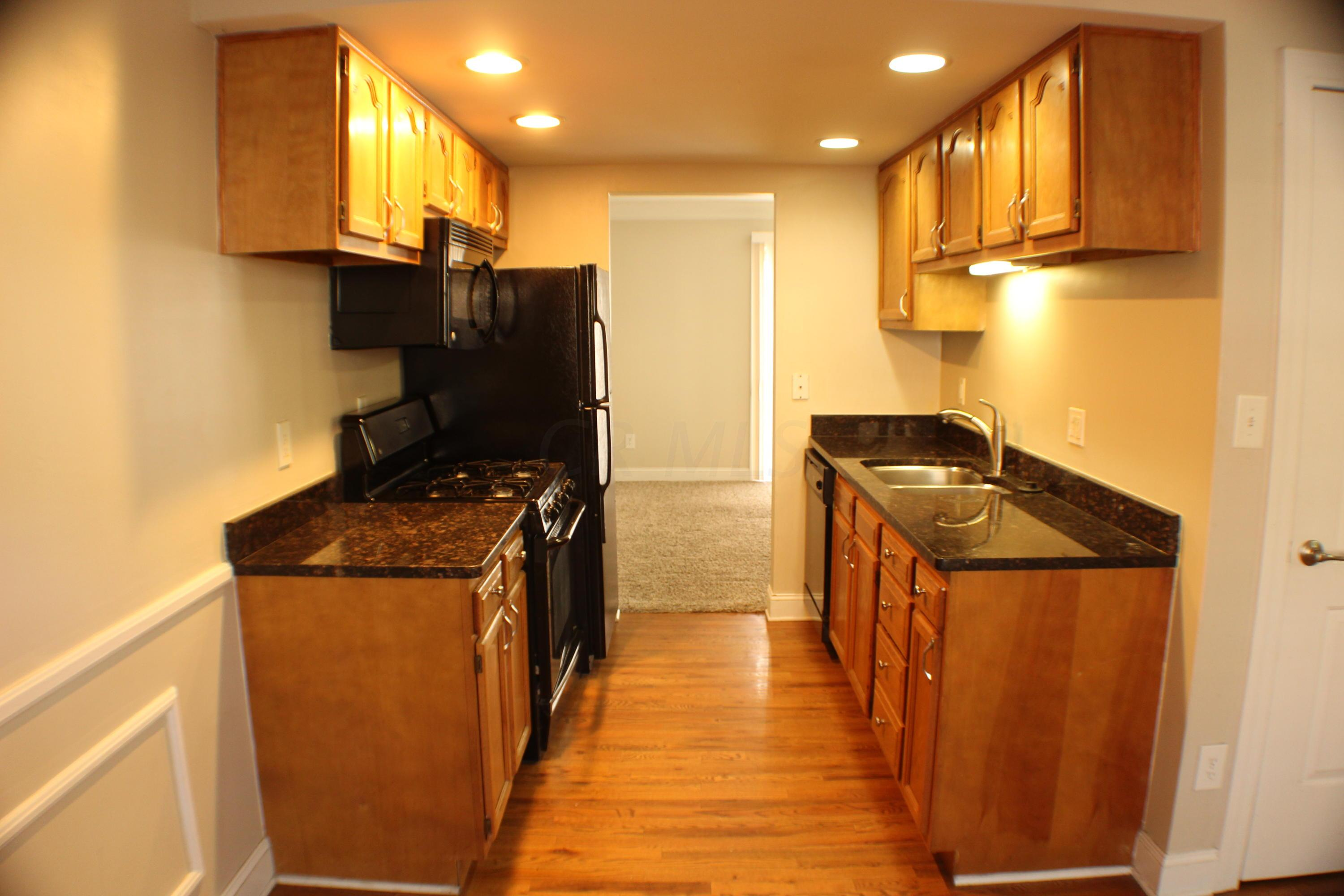 2559 Olde Hill Court, Columbus, Ohio 43221, 3 Bedrooms Bedrooms, ,2 BathroomsBathrooms,Residential,For Sale,Olde Hill,220040942