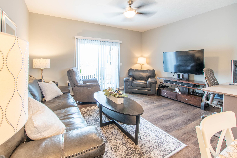 5827 Passage Creek Drive, Dublin, Ohio 43016, 2 Bedrooms Bedrooms, ,3 BathroomsBathrooms,Residential,For Sale,Passage Creek,220040946