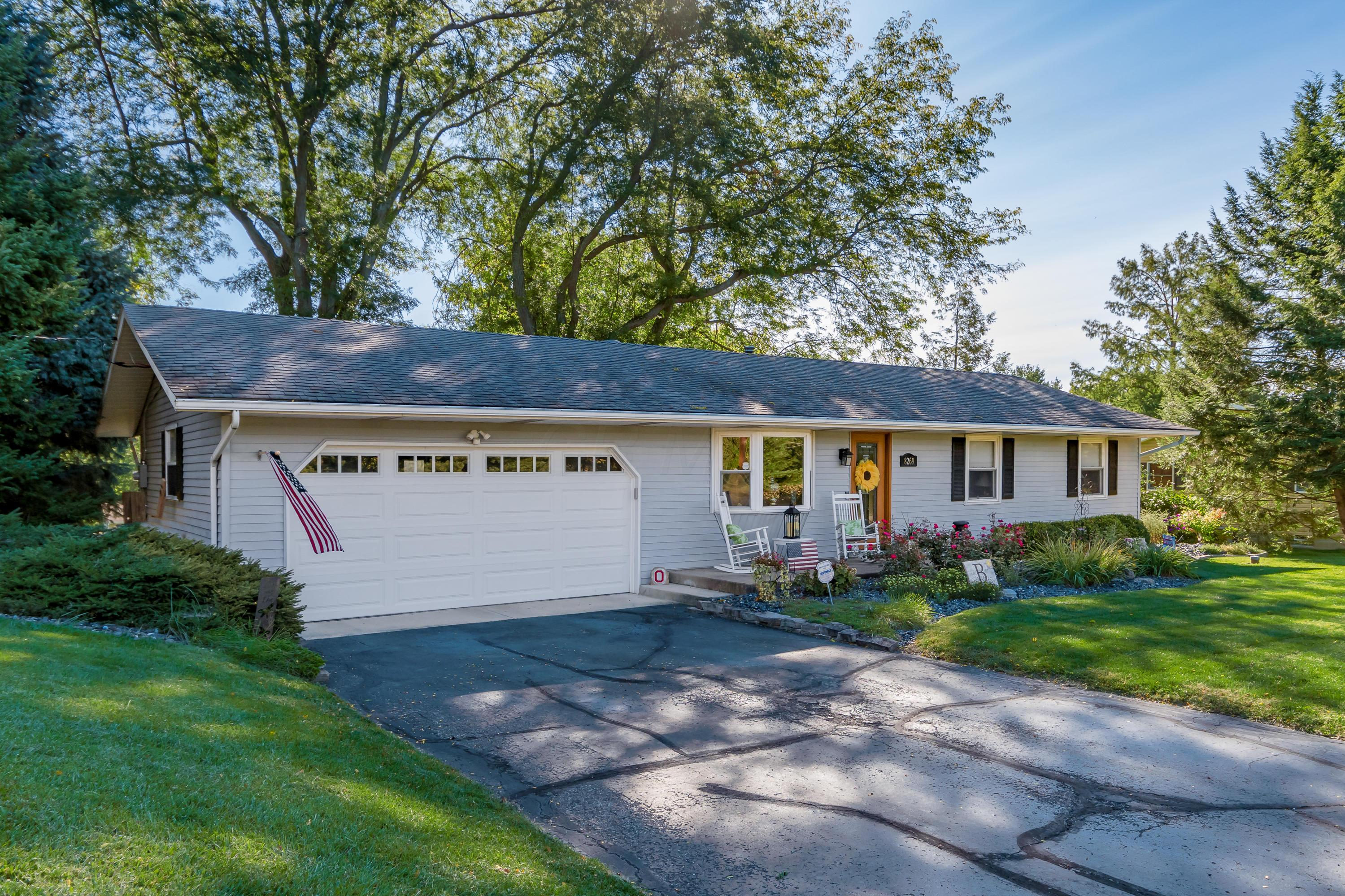 8269 Somerset Road, Thornville, Ohio 43076, 2 Bedrooms Bedrooms, ,1 BathroomBathrooms,Residential,For Sale,Somerset,220040999