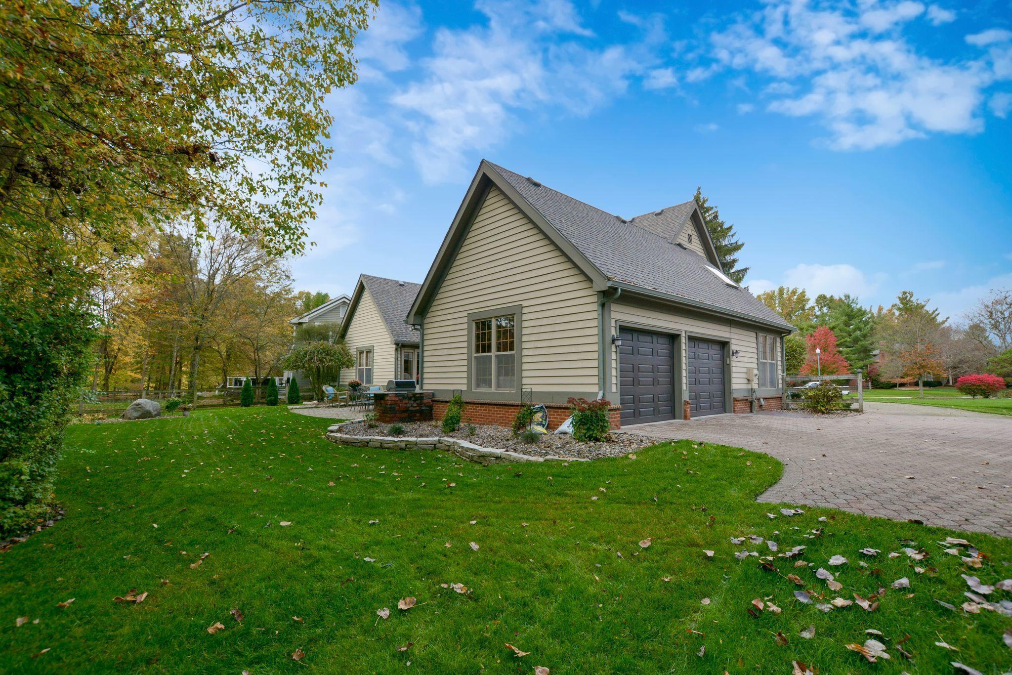 1137 Sleeping Meadow Drive, New Albany, Ohio 43054, 3 Bedrooms Bedrooms, ,4 BathroomsBathrooms,Residential,For Sale,Sleeping Meadow,220041052