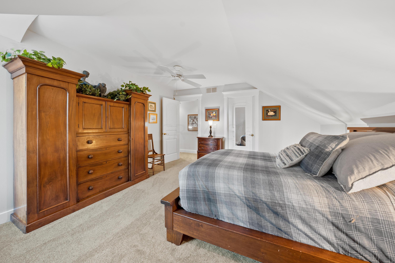 10711 Preston Way, Powell, Ohio 43065, 4 Bedrooms Bedrooms, ,3 BathroomsBathrooms,Residential,For Sale,Preston,220041056