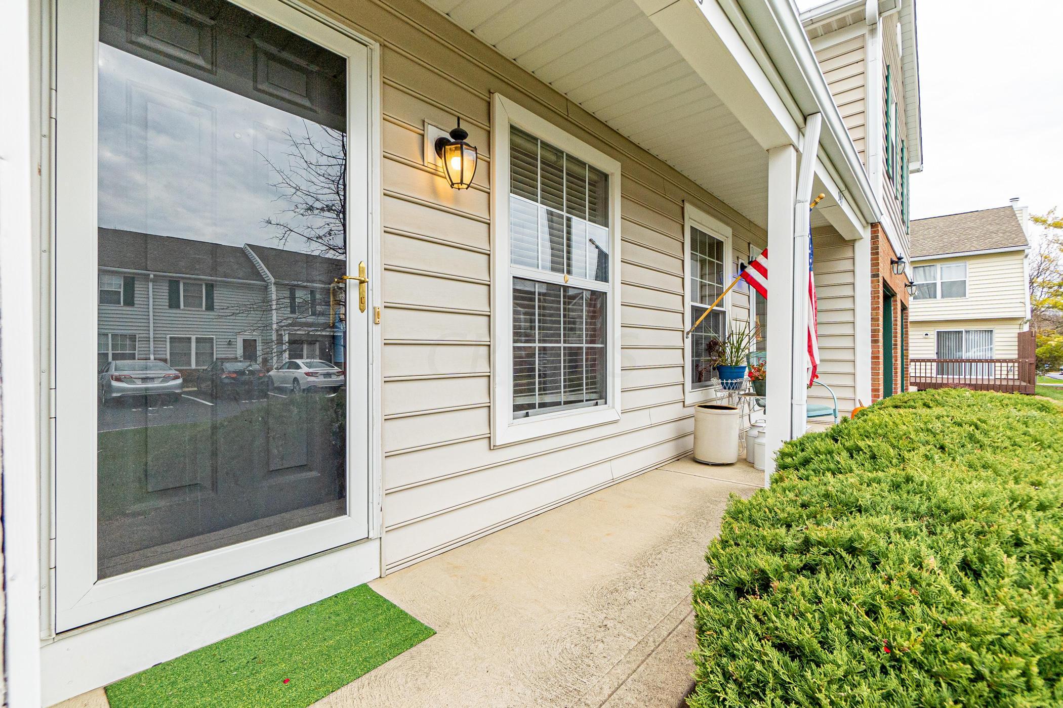 946 Philadelphia Drive, Westerville, Ohio 43081, 3 Bedrooms Bedrooms, ,3 BathroomsBathrooms,Residential,For Sale,Philadelphia,220041093