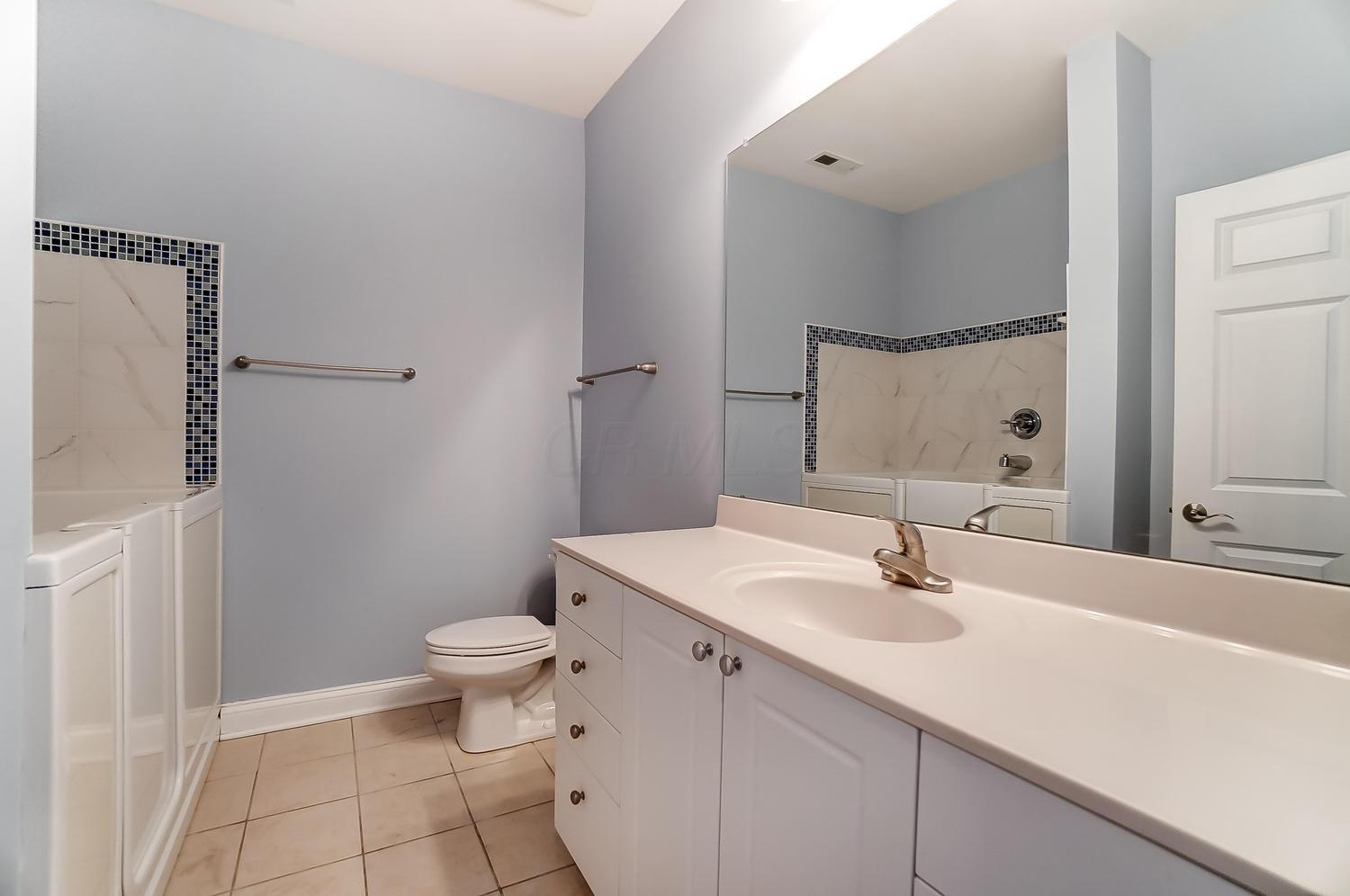 6011 Eiger Drive, Columbus, Ohio 43213, 3 Bedrooms Bedrooms, ,2 BathroomsBathrooms,Residential,For Sale,Eiger,220041122