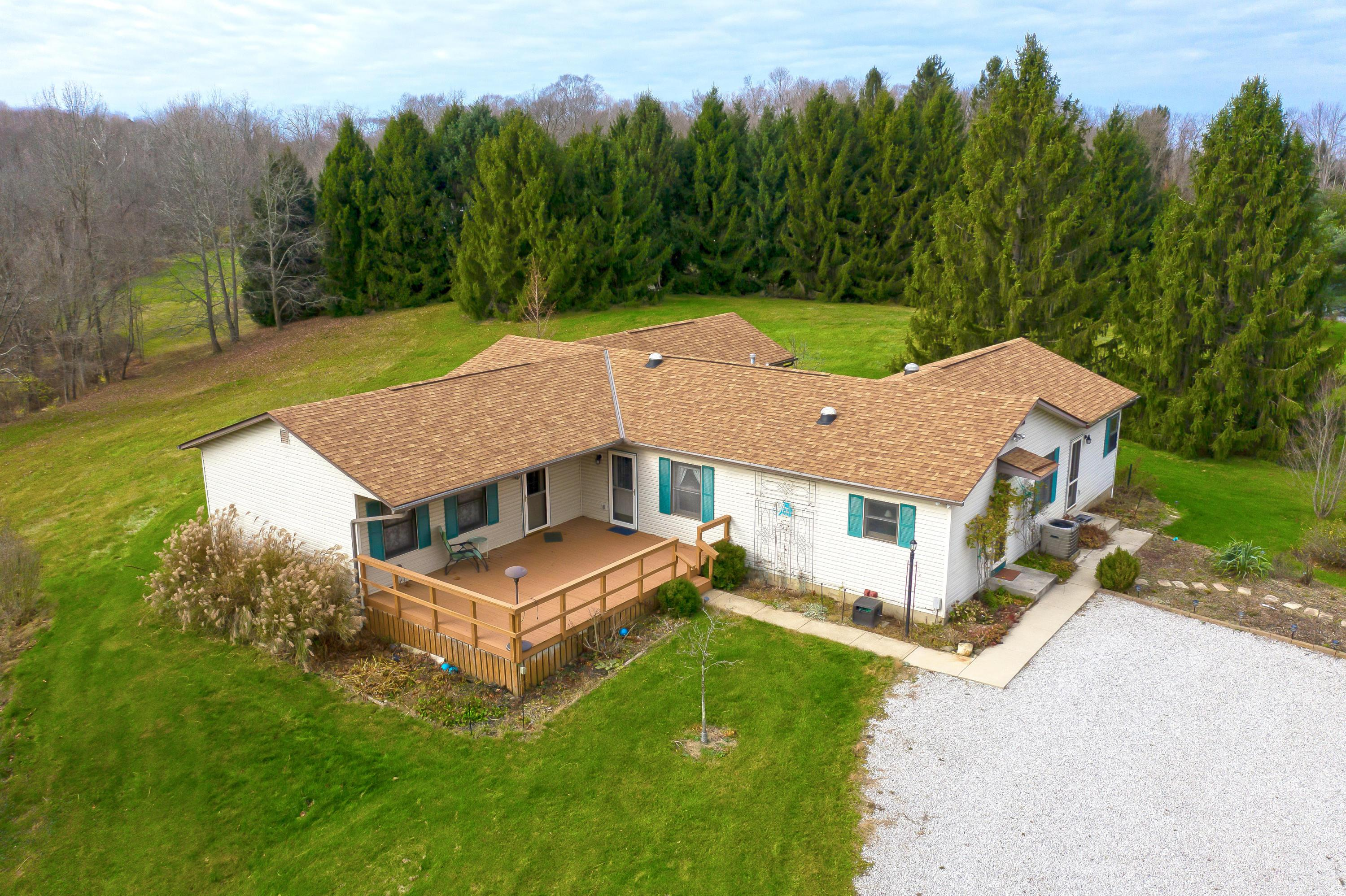 3663 Hazelton Etna Road, Johnstown, Ohio 43031, 4 Bedrooms Bedrooms, ,3 BathroomsBathrooms,Residential,For Sale,Hazelton Etna,220041112