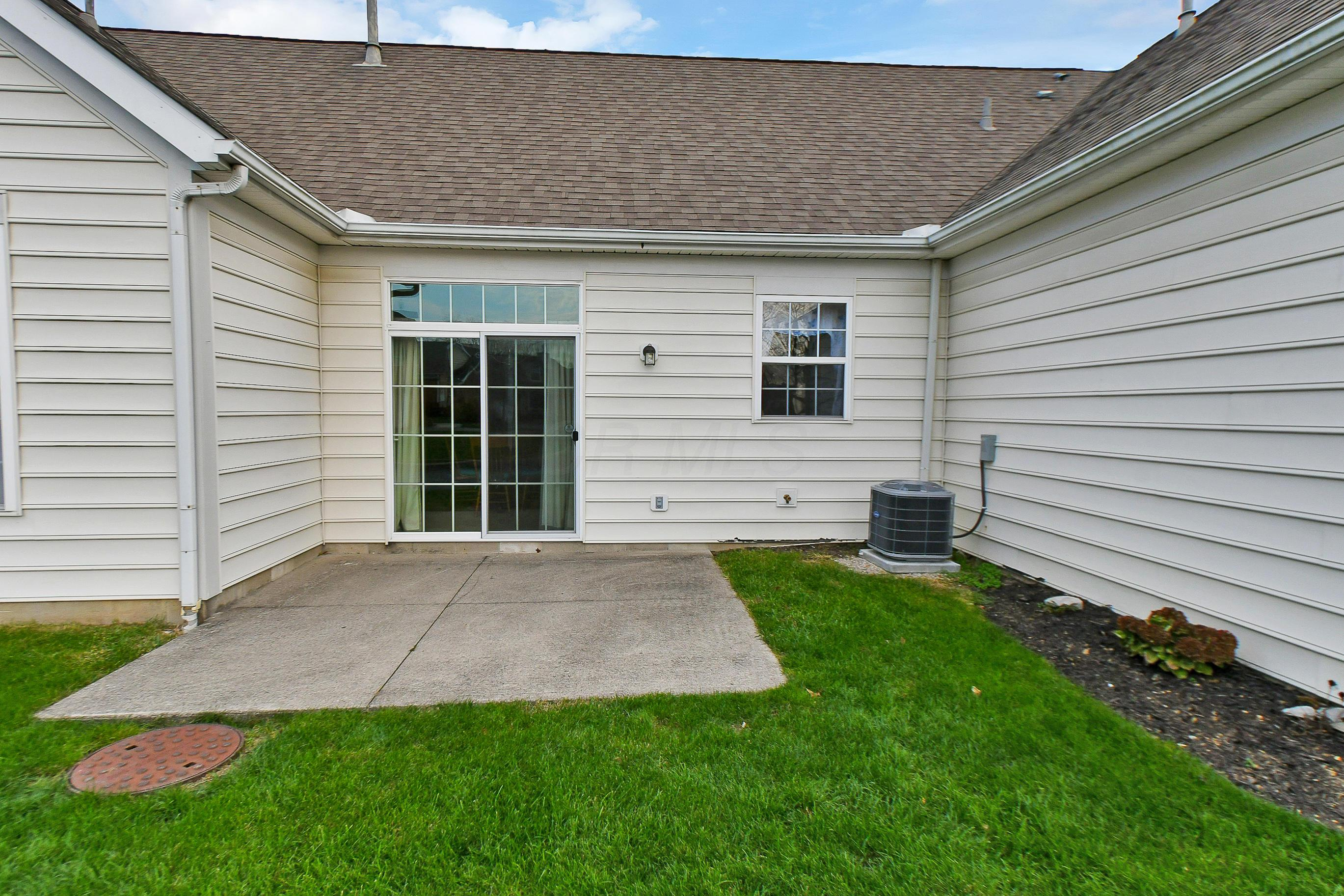 608 Sycamore Turn Lane, Columbus, Ohio 43213, 2 Bedrooms Bedrooms, ,2 BathroomsBathrooms,Residential,For Sale,Sycamore Turn,220041119