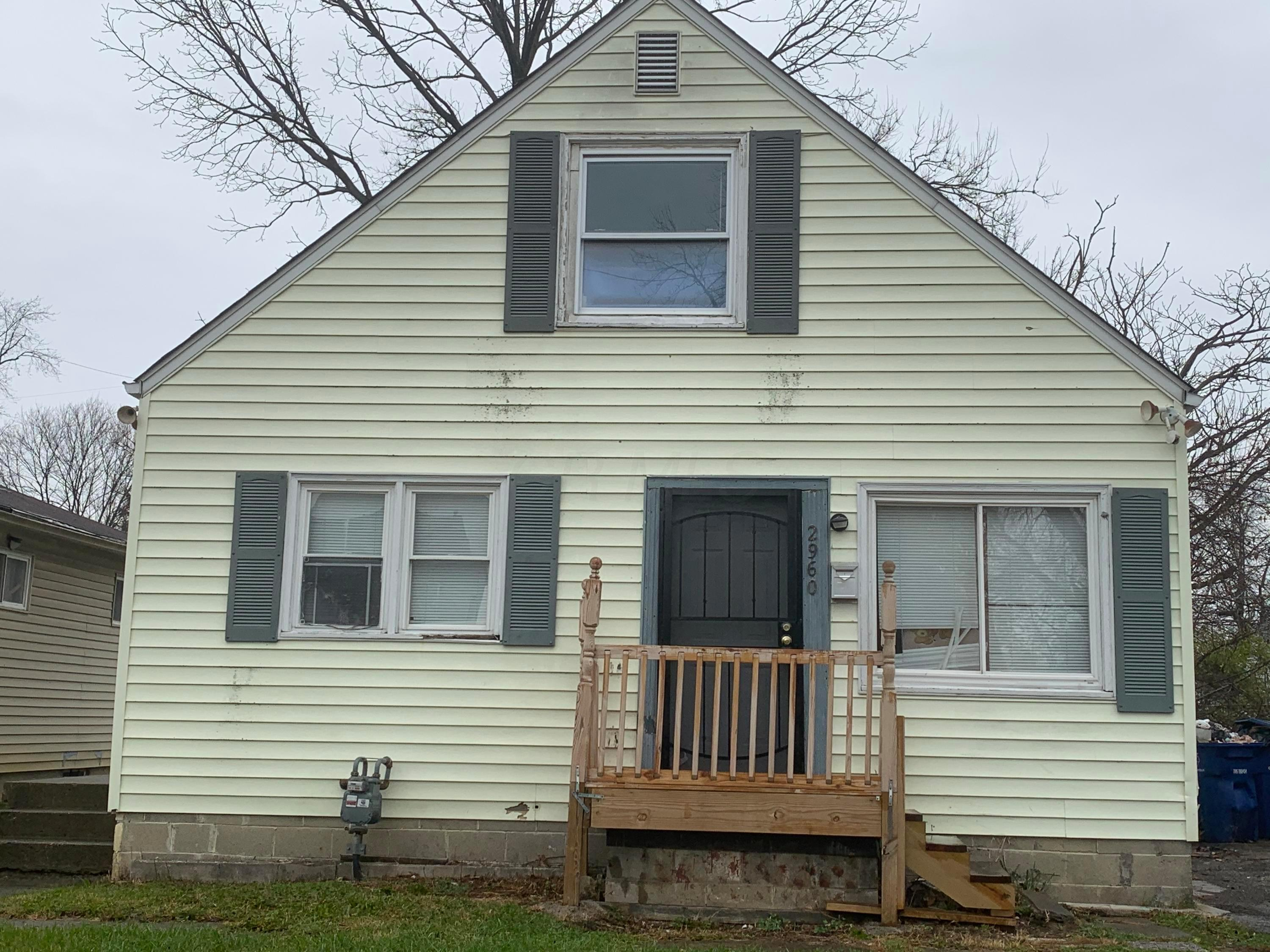 2960 11th Avenue, Columbus, Ohio 43219, 3 Bedrooms Bedrooms, ,1 BathroomBathrooms,Residential,For Sale,11th,220041118