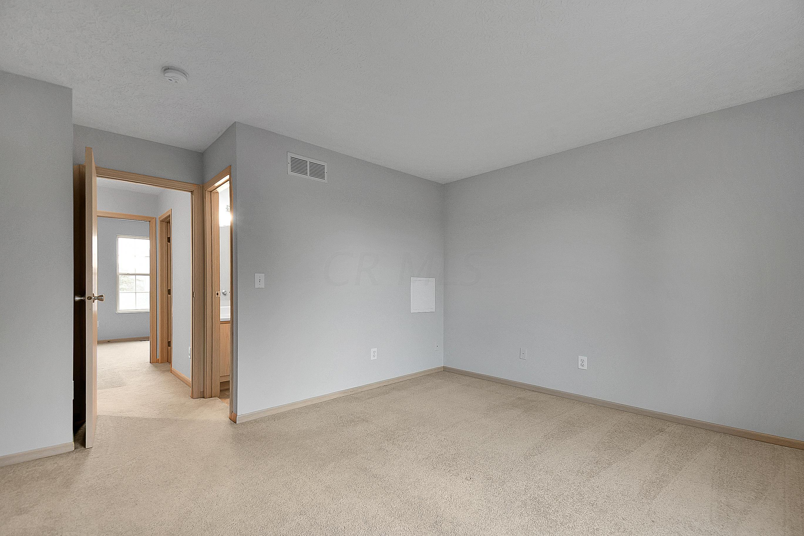2260 Sandman Drive, Columbus, Ohio 43235, 2 Bedrooms Bedrooms, ,3 BathroomsBathrooms,Residential,For Sale,Sandman,220041131