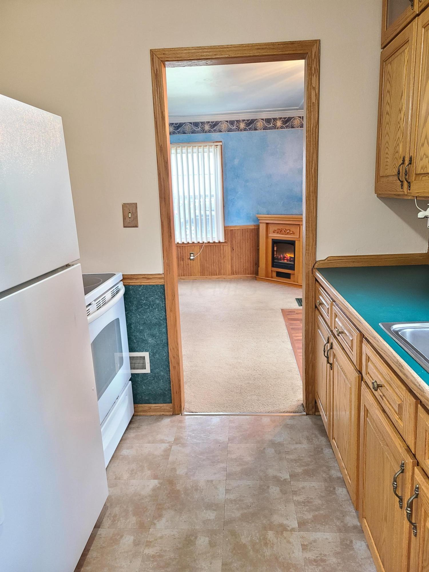 118 Payne Avenue, Galion, Ohio 44833, 2 Bedrooms Bedrooms, ,2 BathroomsBathrooms,Residential,For Sale,Payne,220041128