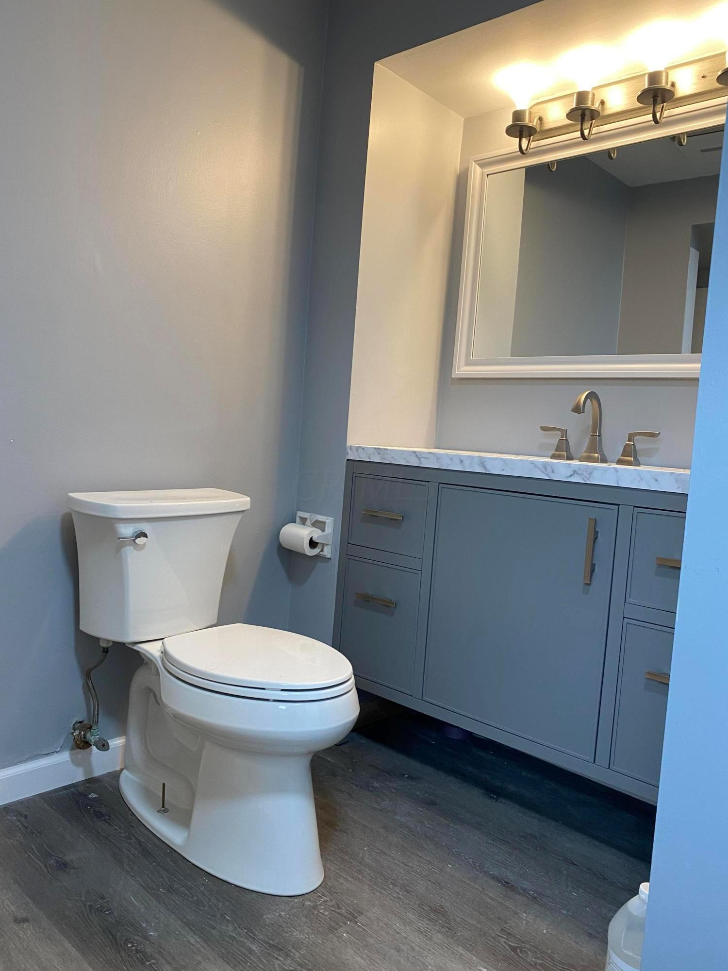 4929 Sharon Hill Drive, Columbus, Ohio 43235, 4 Bedrooms Bedrooms, ,3 BathroomsBathrooms,Residential,For Sale,Sharon Hill,220041129