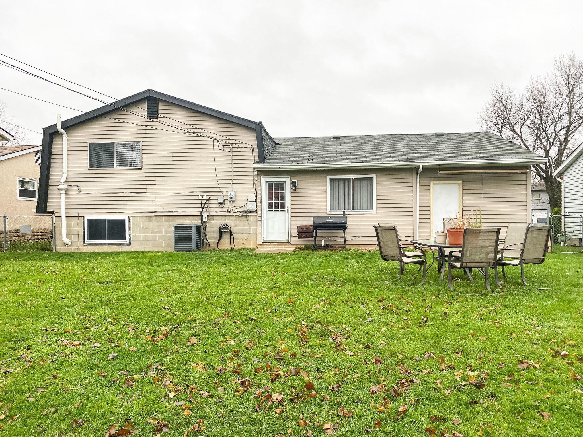 239 Fairway Road, Delaware, Ohio 43015, 4 Bedrooms Bedrooms, ,2 BathroomsBathrooms,Residential,For Sale,Fairway,220041144