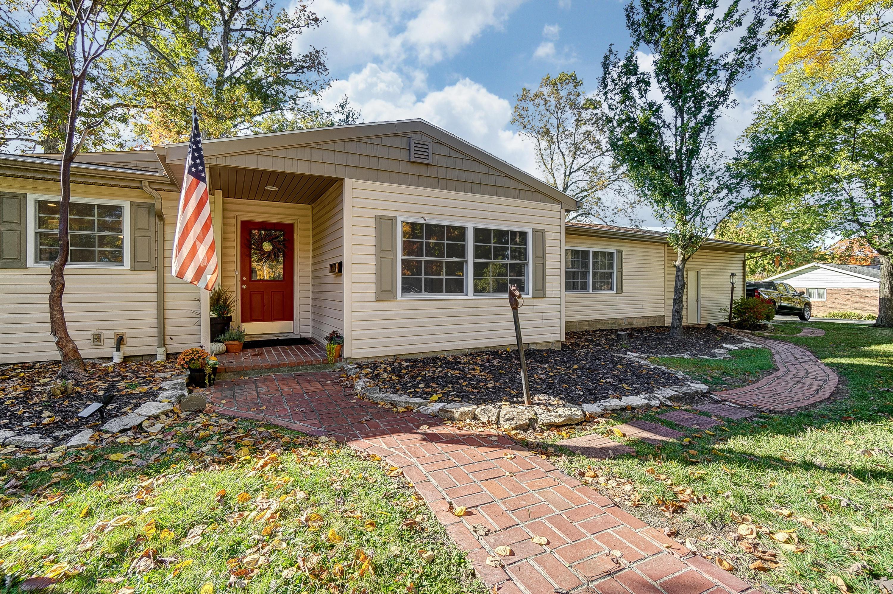 241 Grand Avenue, Marysville, Ohio 43040, 5 Bedrooms Bedrooms, ,3 BathroomsBathrooms,Residential,For Sale,Grand,220041143