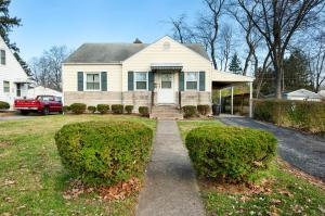 Undefined image of 374 Rosslyn Avenue, Columbus, OH 43214