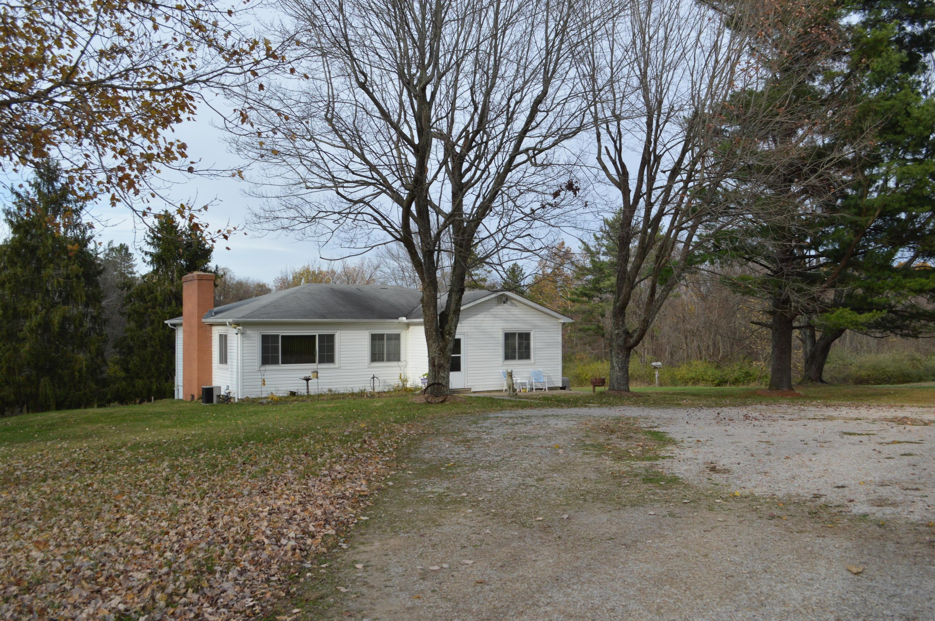 Property for sale at 6610 Coonpath NW Road, Carroll,  Ohio 43112