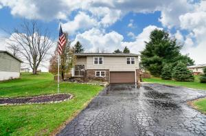 Undefined image of 52 Deer Trail Drive, Thornville, OH 43076