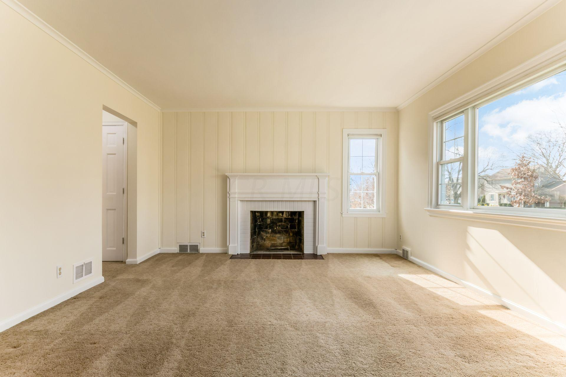 2534 Chester Road, Upper Arlington, Ohio 43221, 3 Bedrooms Bedrooms, ,2 BathroomsBathrooms,Residential,For Sale,Chester,220042795