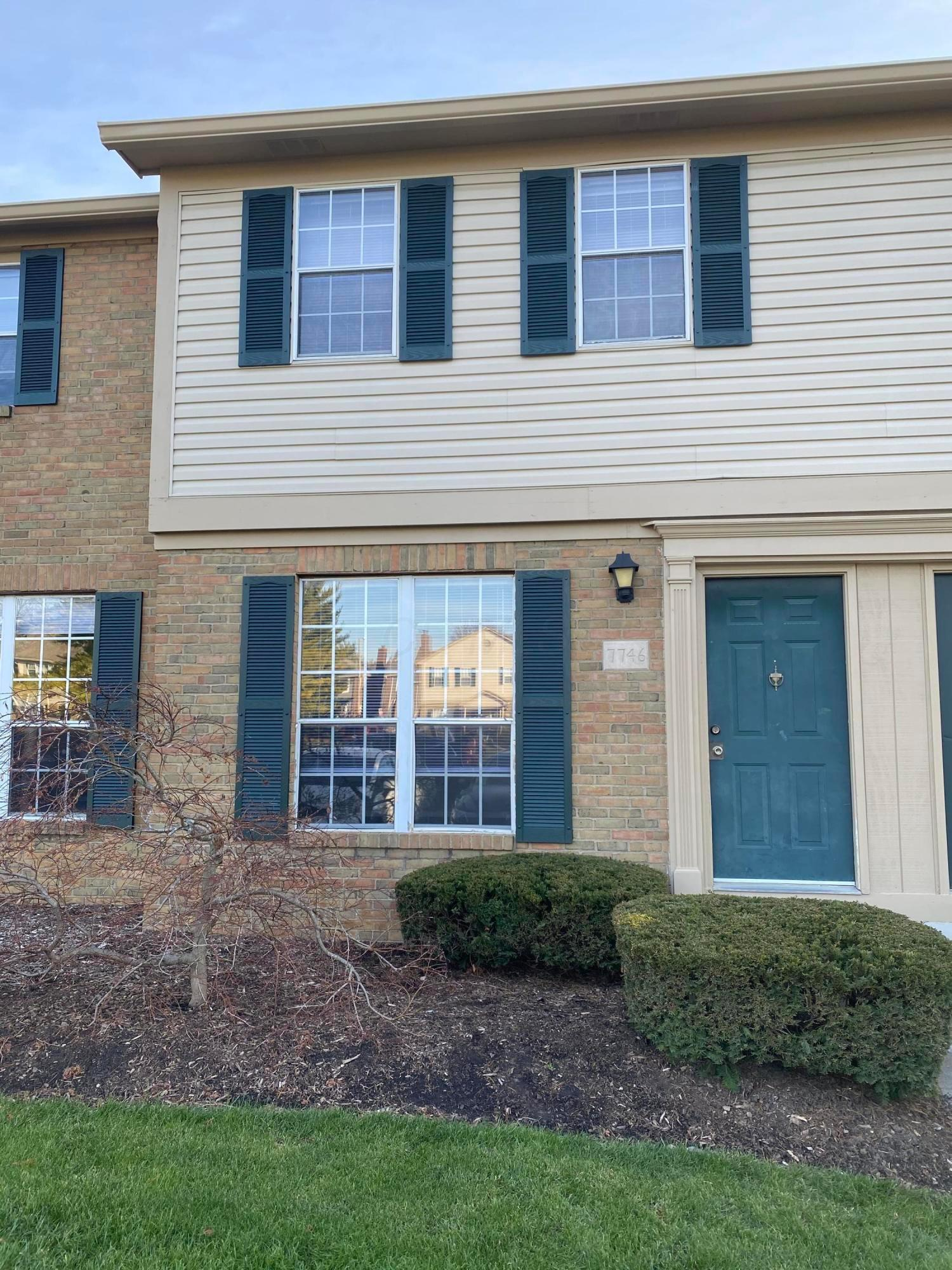7746 Amberfalls Court, Dublin, Ohio 43016, 2 Bedrooms Bedrooms, ,2 BathroomsBathrooms,Residential,For Sale,Amberfalls,220042893
